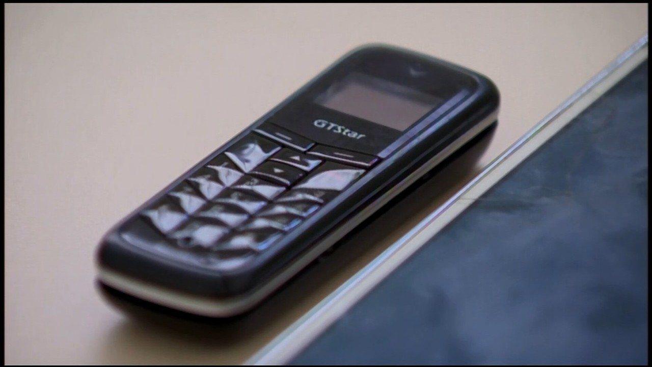 Após engolir cinco celulares, detento passa mal em presídio de Formiga e estado é grave