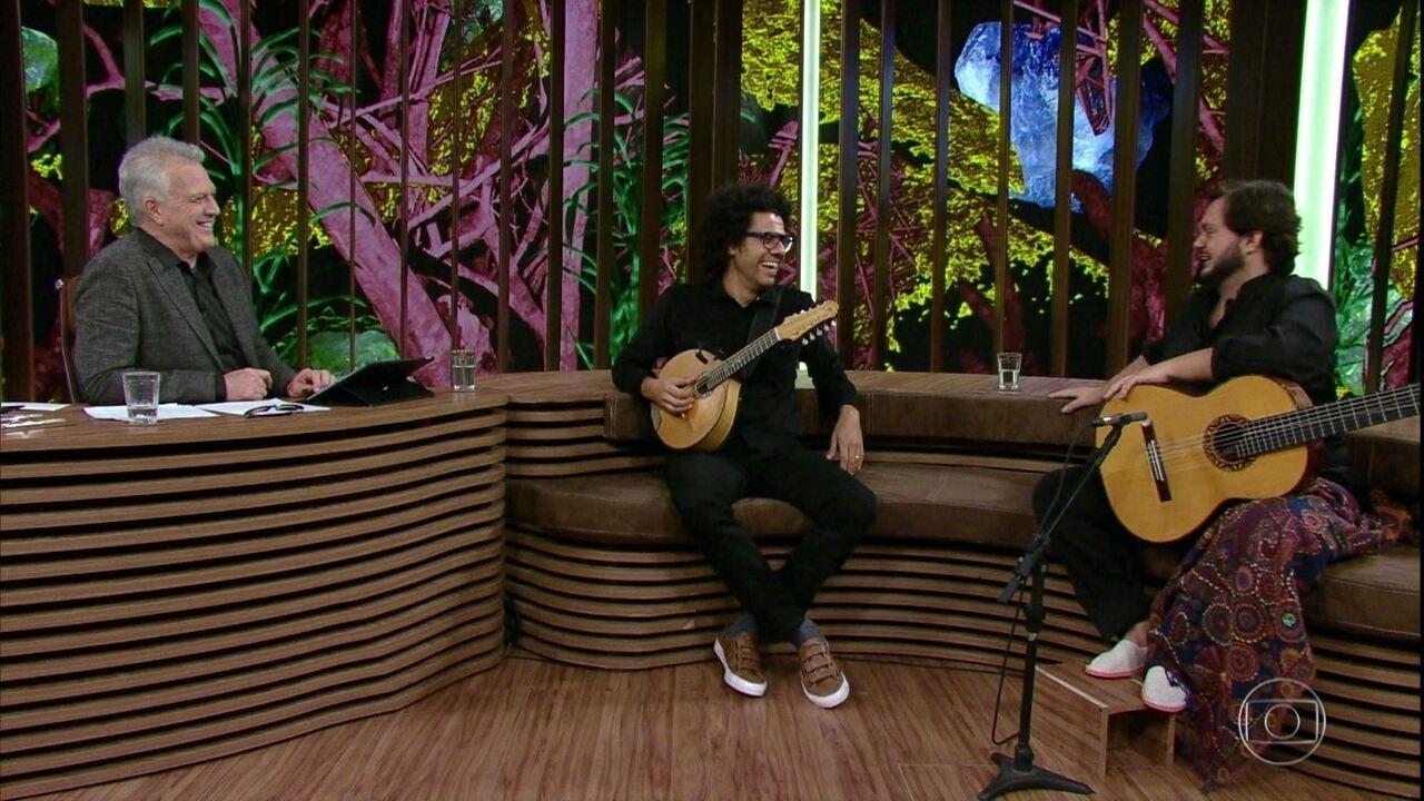 Yamandu Costa e Hamilton de Holanda relembraram início da amizade