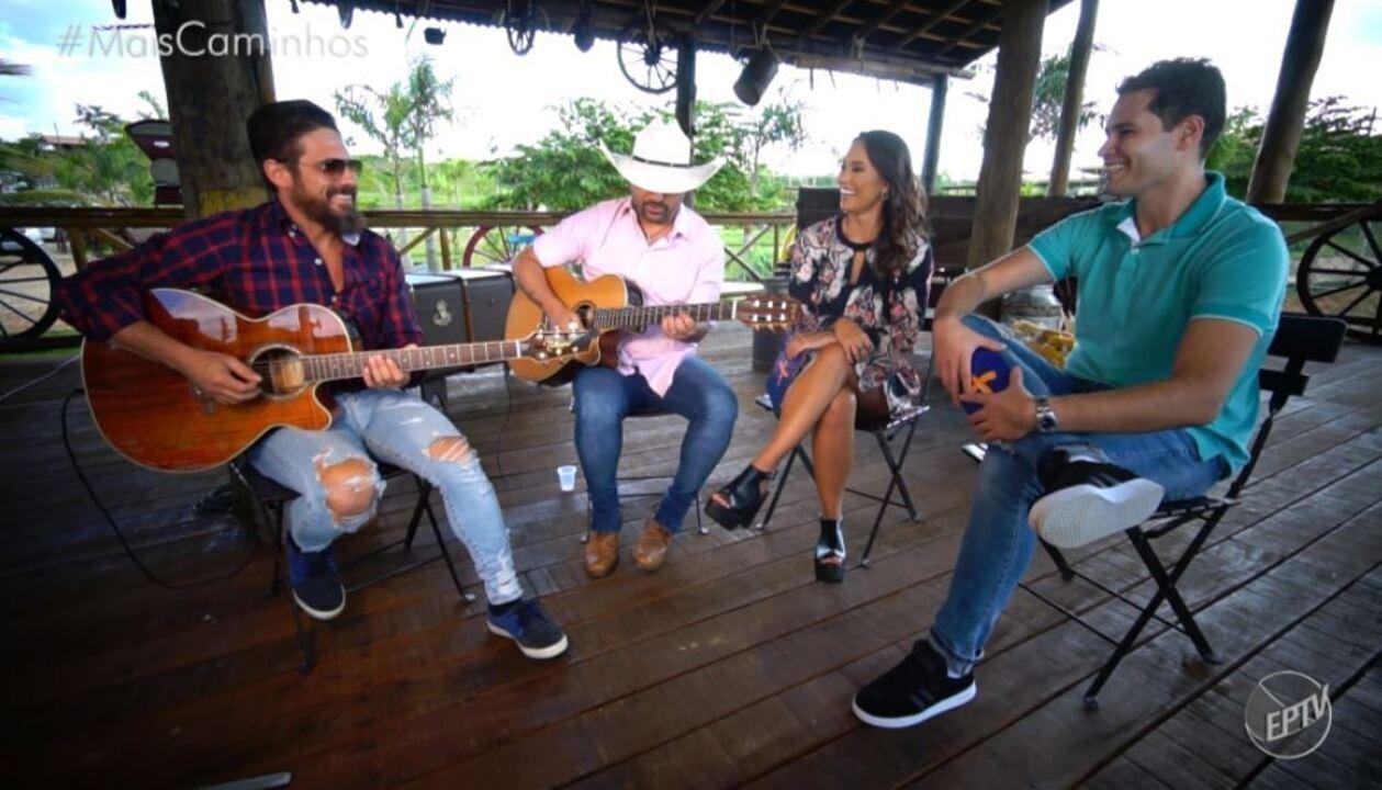 Pedro Leonardo e Cris Ikeda entrevistaram a dupla sertaneja Edson e Hudson