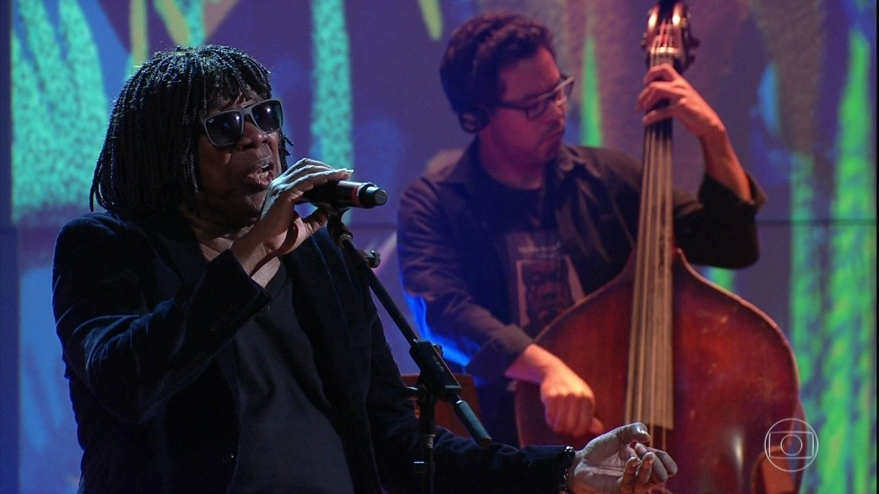 Milton Nascimento canta