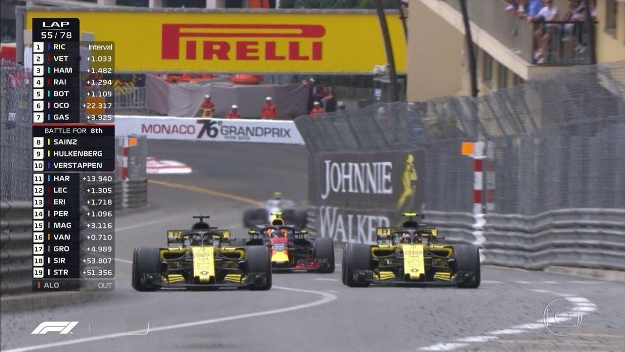 Verstappen aparece no retrovisor de Sainz e Hulkenberg durante GP de Mônaco