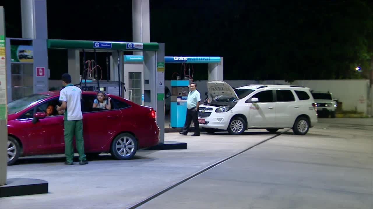 Postos de combustíveis são reabastecidos após ordem judicial em Manaus