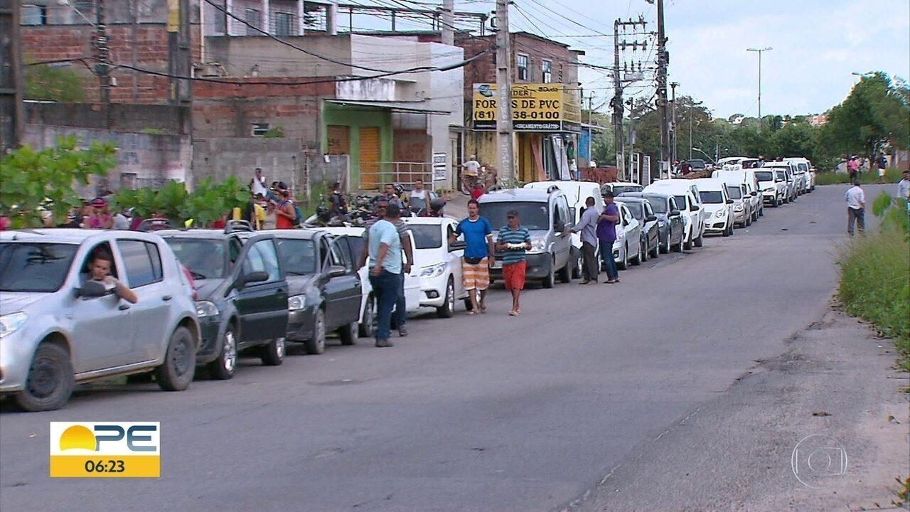 Procon limita quantidade de combustível vendido para cada pessoa nos postos durante crise