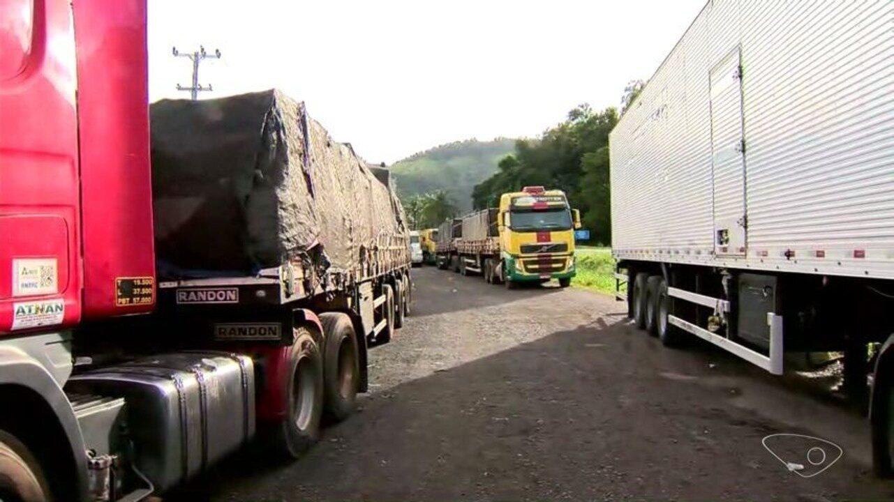 Paralisação dos caminhoneiros chega ao 10º dia e protesto continua no ES