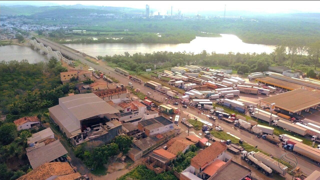 Caminhoneiros começam a se desmobilizar das rodovias federais em Sergipe