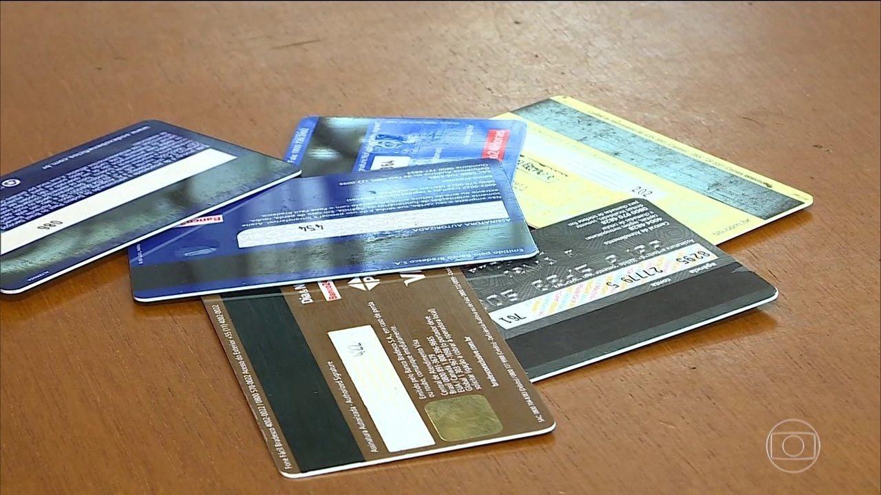 Novas regras para o cartão de crédito começam a valer nesta sexta-feira