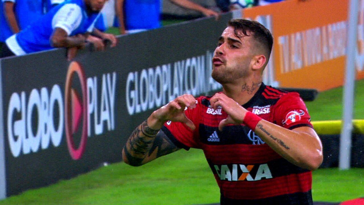 Melhores momentos de Flamengo 1 x 0 Corinthians pela 9ª rodada do Campeonato Brasileiro