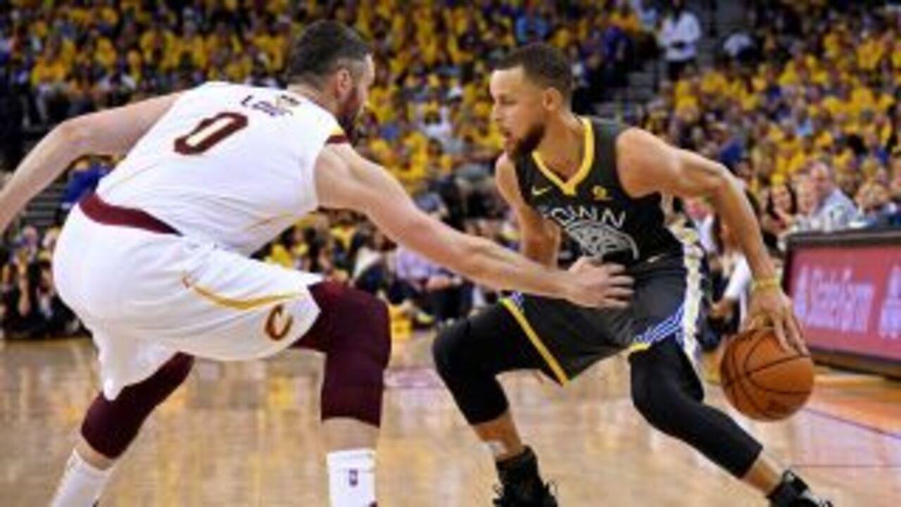 Melhores momentos: Cleveland Cavaliers 103 x 122 Golden State Warriors pela final da NBA