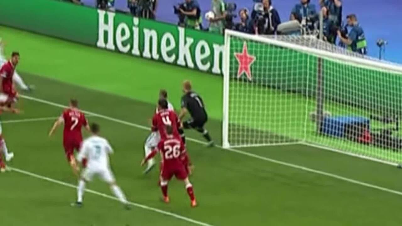 Veja momento em que Loris Karius, goleiro do Liverpool, se choca com Sergio Ramos