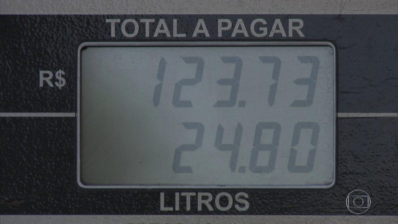 Ministro da Fazenda diz que governo não tem tem dinheiro para subsidiar gasolina