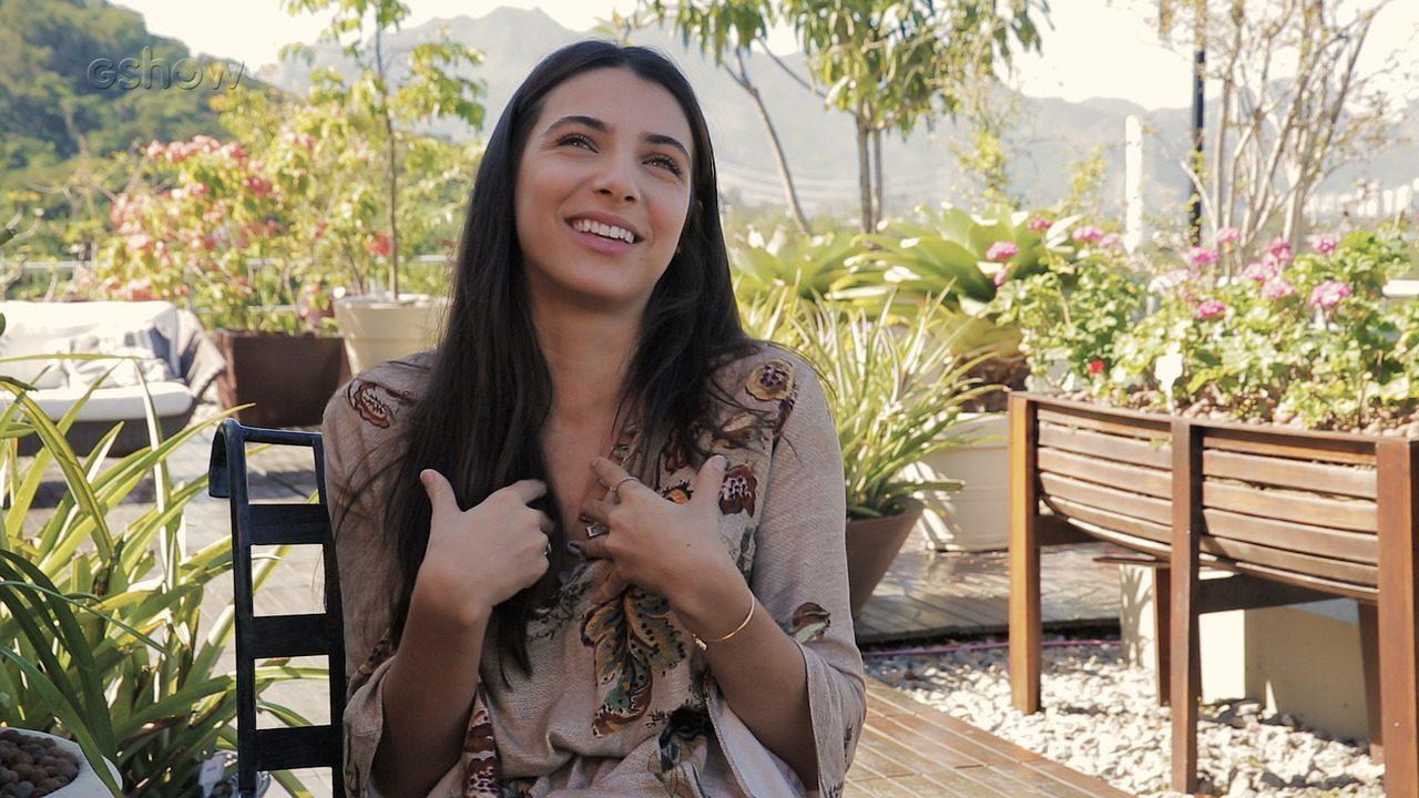 Rayssa Bratillieri conta como seguiu o sonho de ser atriz
