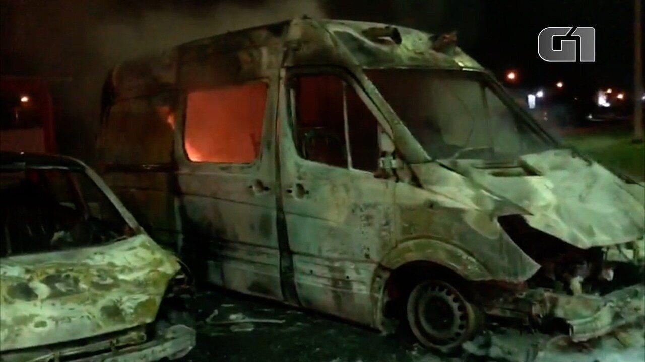 Duas viaturas do Corpo de Bombeiros são incendiadas em Mossoró