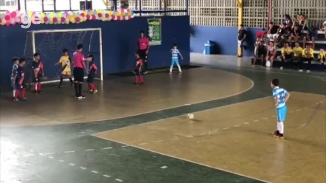 Inspirado em craque da Argentina, Messi do Piauí acumula gols na base; veja