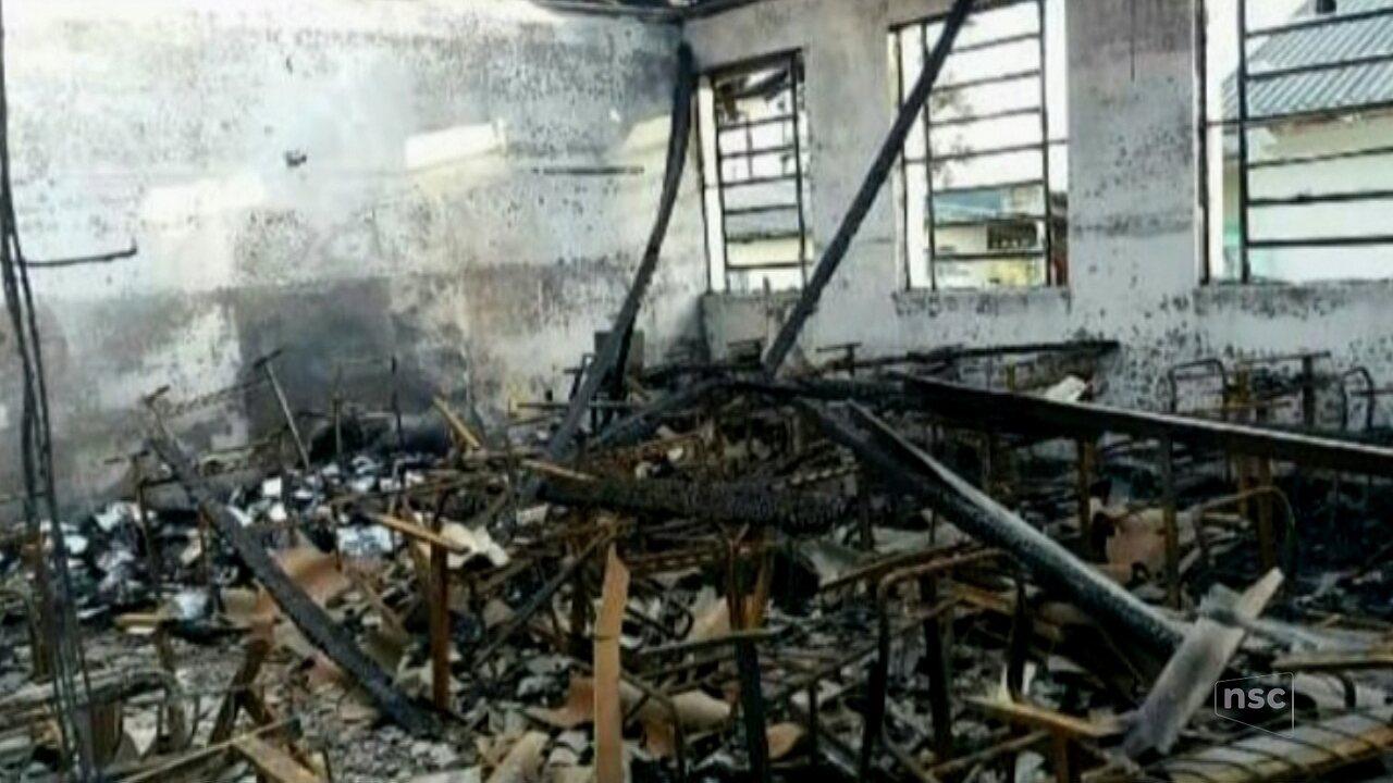 Incêndio é registrado em escola estadual em Mafra