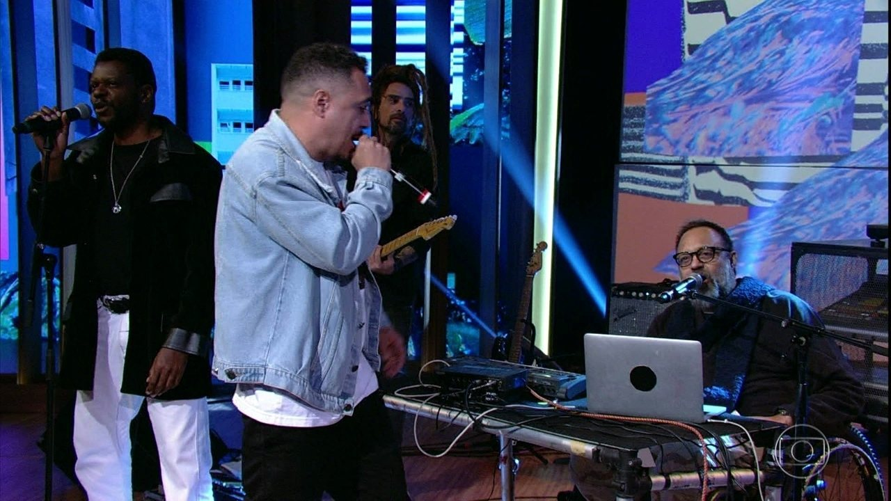 Marcelo D2 e Marcelo Yuka cantam 'Lado B Lado A'