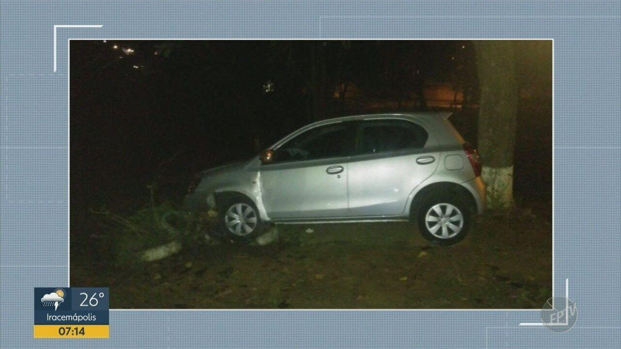 Roubo de carro termina em perseguição e acidente em Campinas