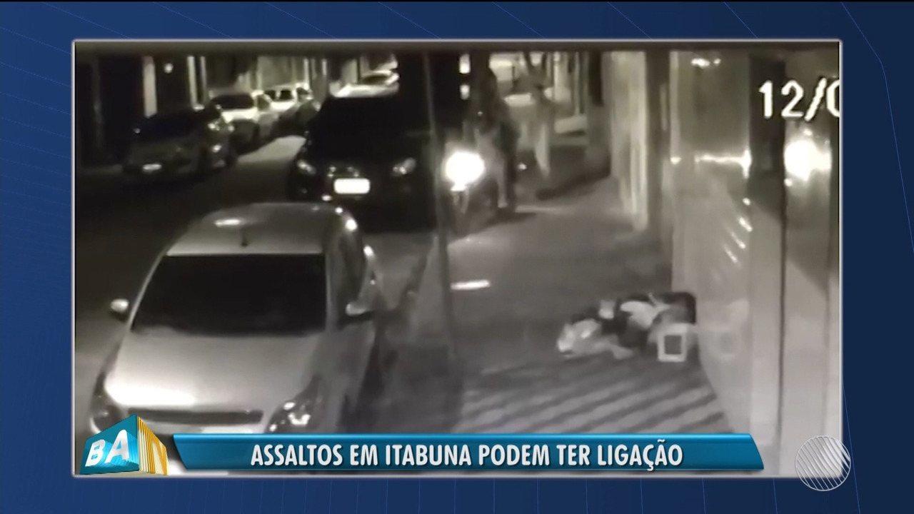 Resultado de imagem para dupla armada que aparece em um vídeo assaltando um entregador de pizza em Itabuna