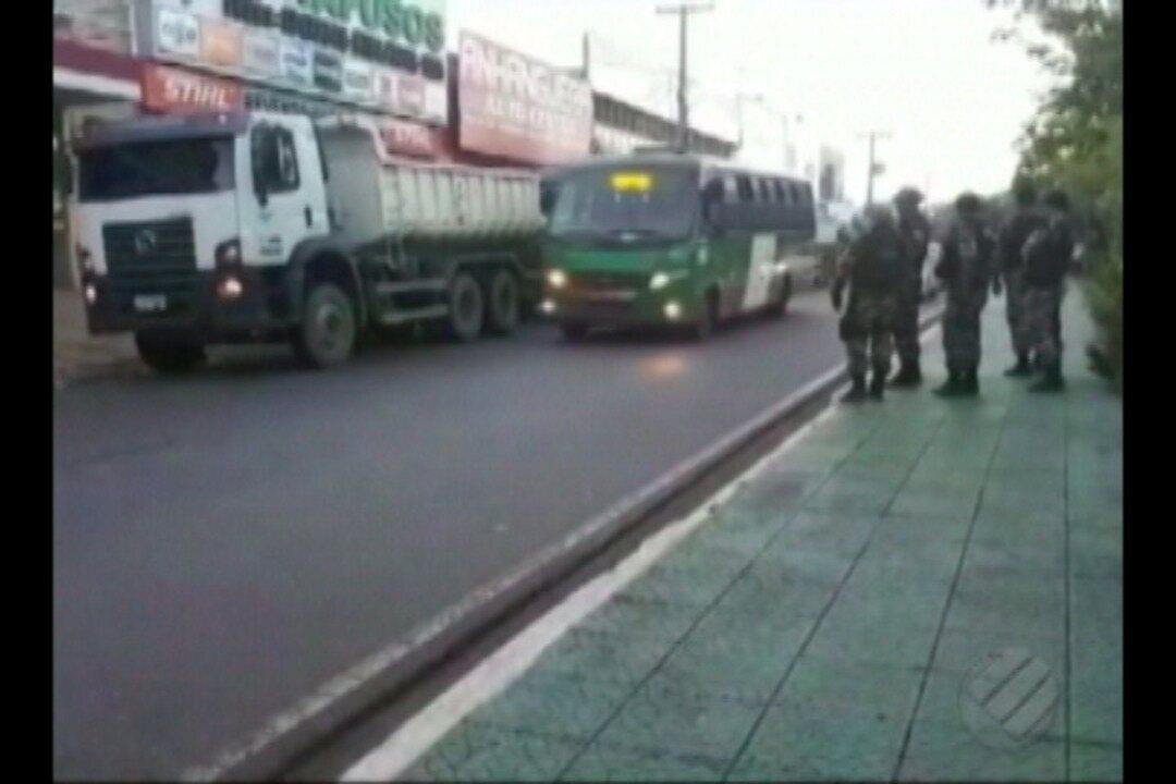 Polícia Militar cumpre mandado de reintegração de posse de fazenda em Parauapebas