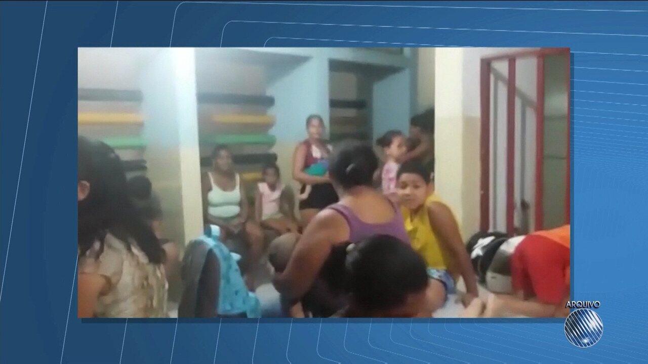 Famílias de crianças internadas reclamam da demora no atendimento em hospital de Juazeiro