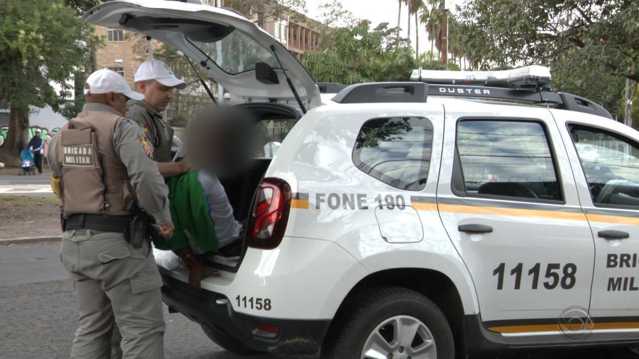 Moradores da Região Central de Porto Alegre reclamam de constantes assaltos