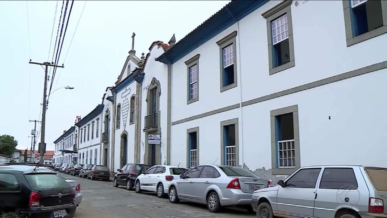 Serviços públicos de saúde são reduzidos nos hospitais de Barbacena