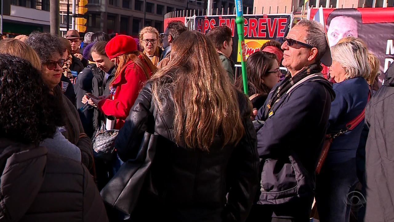 Municipários de Porto Alegre entram em greve por reajuste de salários e projetos de lei