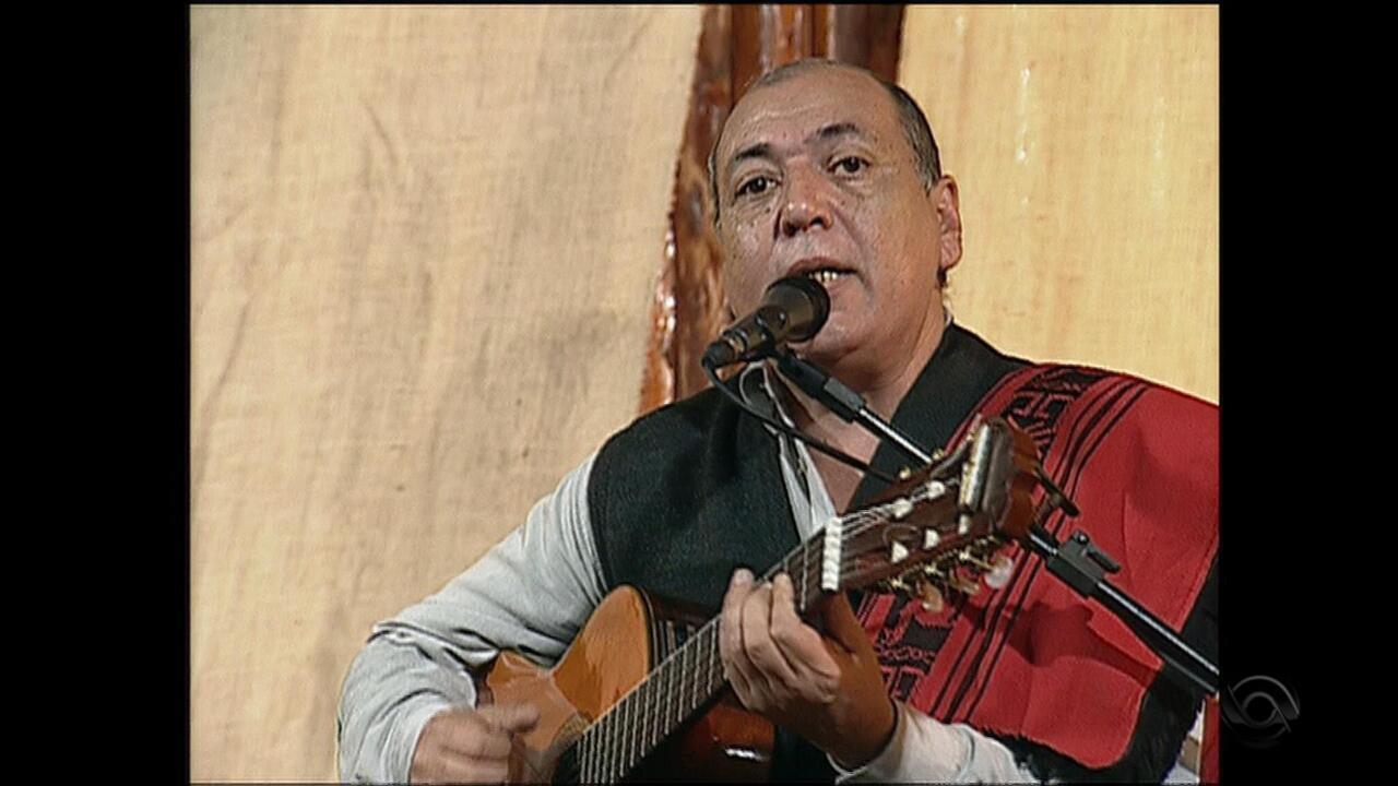 Relembre 'Chico Mendes' na voz de Talo Pereyra