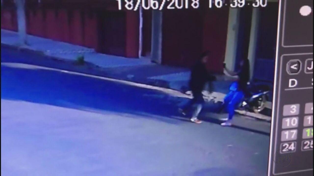 Polícia Militar prende dupla suspeita de assaltar mulher em Casa Branca, SP