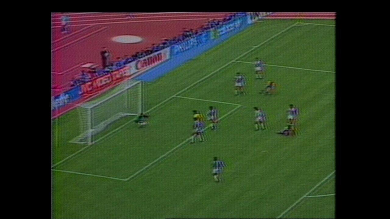 Melhores momentos da vitória do Brasil sobre a Costa Rica, em 1990