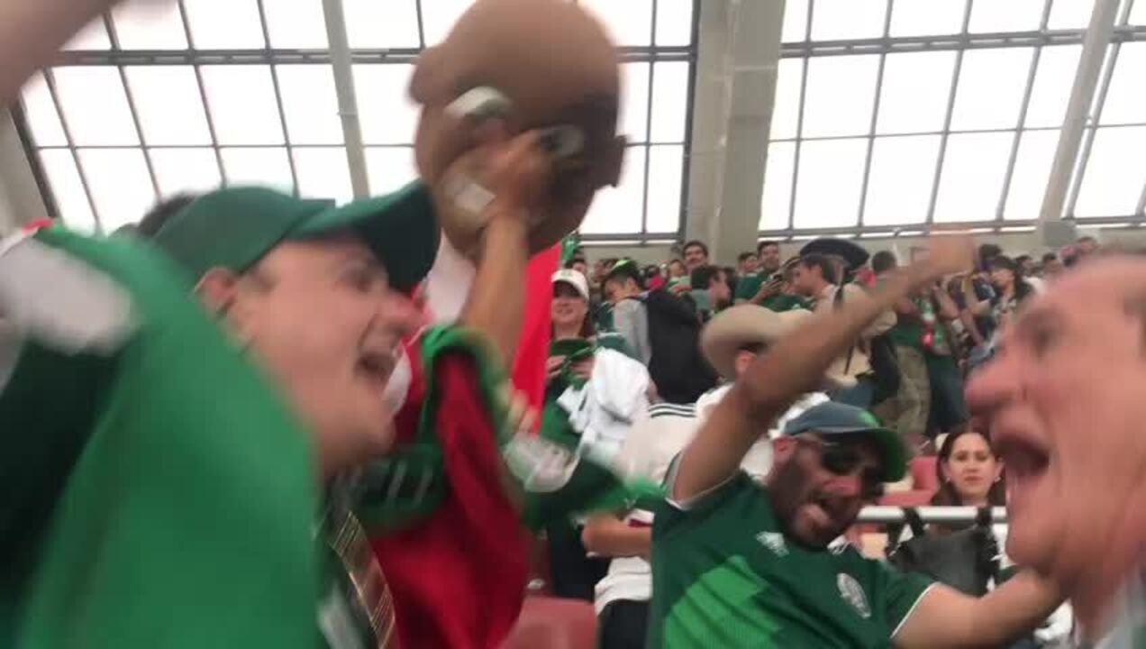 Música da torcida do México na Copa