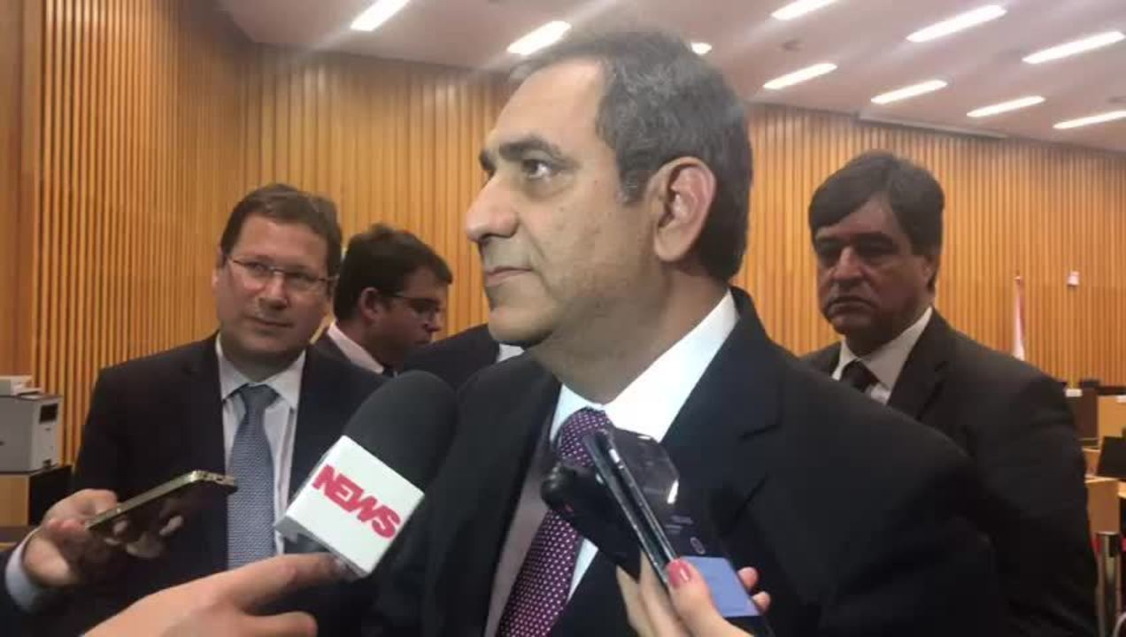 Cézar Britto, advogado de um dos sindicatos de funcionários da Petrobras