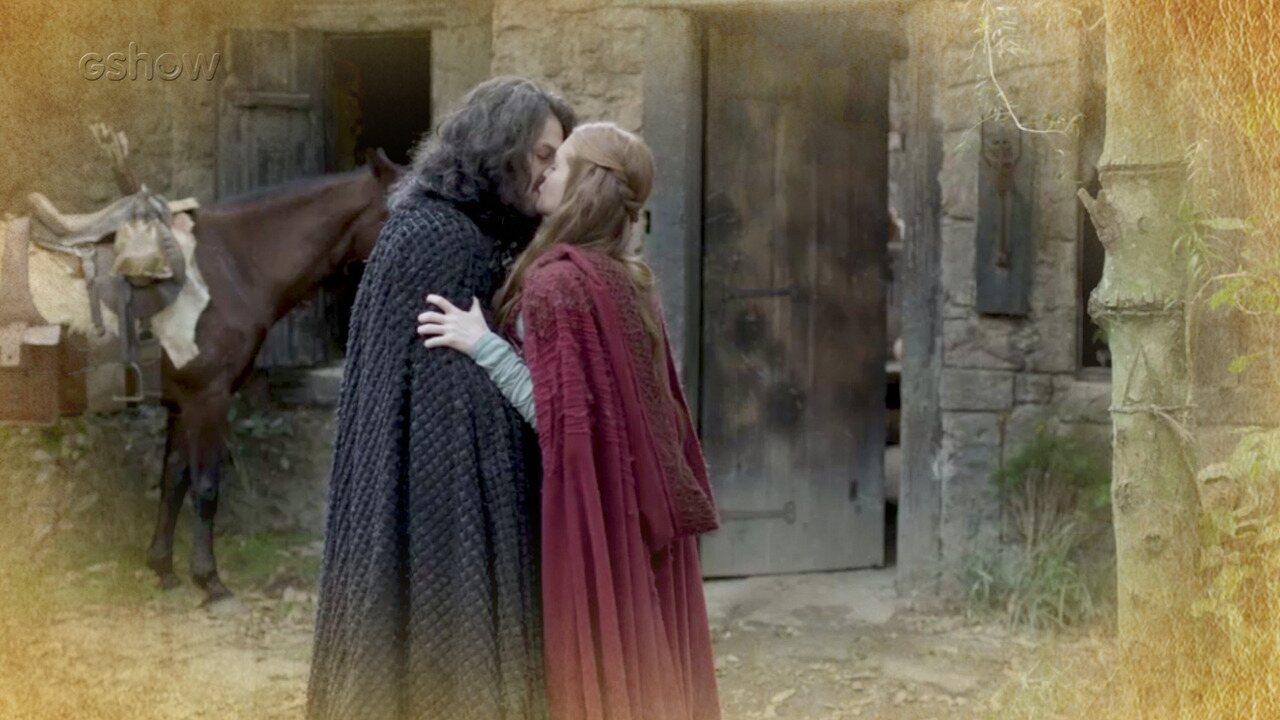 Resumo de 26/06: Afonso e Amália decidem manter relacionamento em segredo