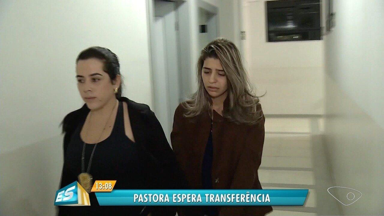 Pastora acusada pela morte dos filhos segue presa em MG