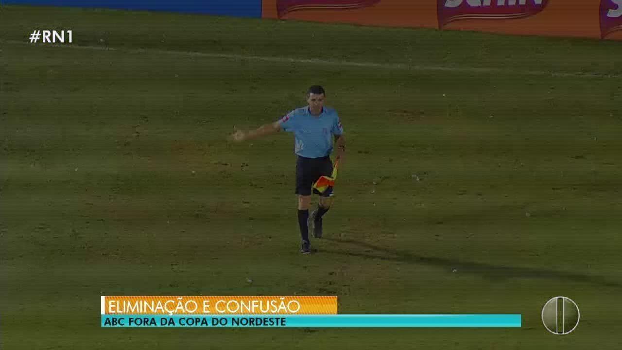 Árbitro relata invasão de torcedores e agressão a goleiro em semi do ... 10cc263875e57