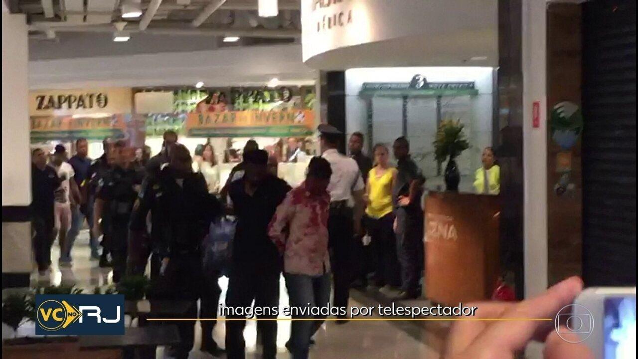 f4598f37d56 Assaltantes de joalheria são presos no Shopping Nova América após tiroteio