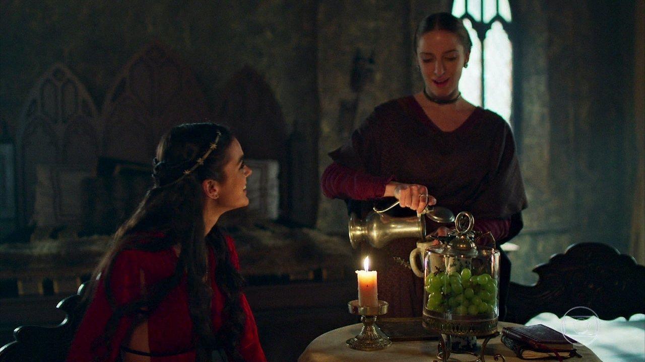 Catarina conta a Lucíola a reação de Afonso sobre a gravidez