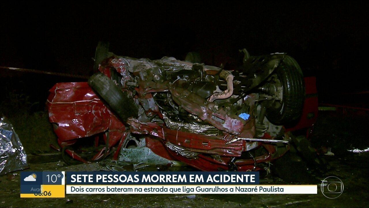 Carro capota em Guarulhos e deixa ao menos sete mortos