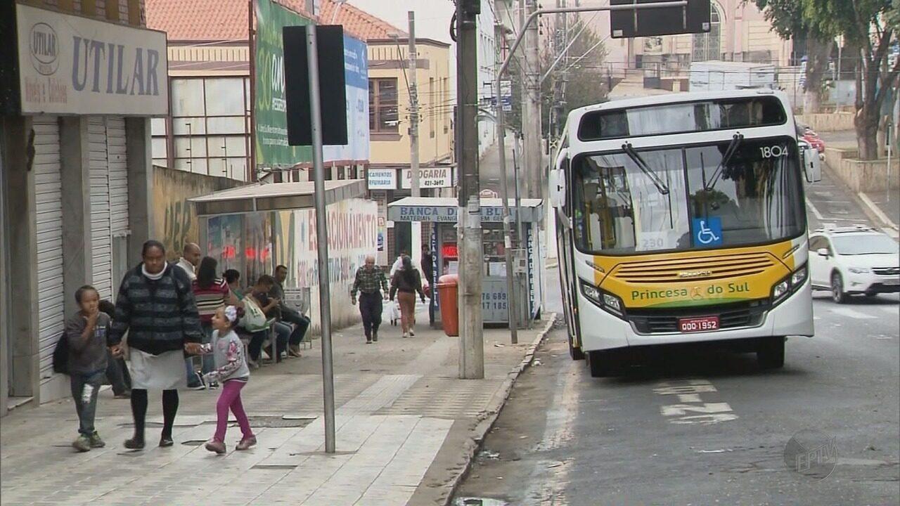 Prefeitura faz mudanças em edital que prevê contratação de nova empresa de transporte