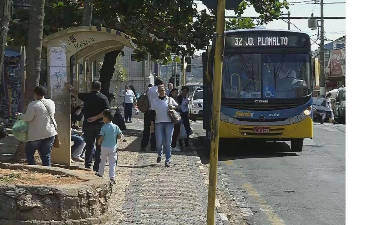 Sistema de integração de ônibus em Mogi Mirim tem falhas no 1º dia de operação