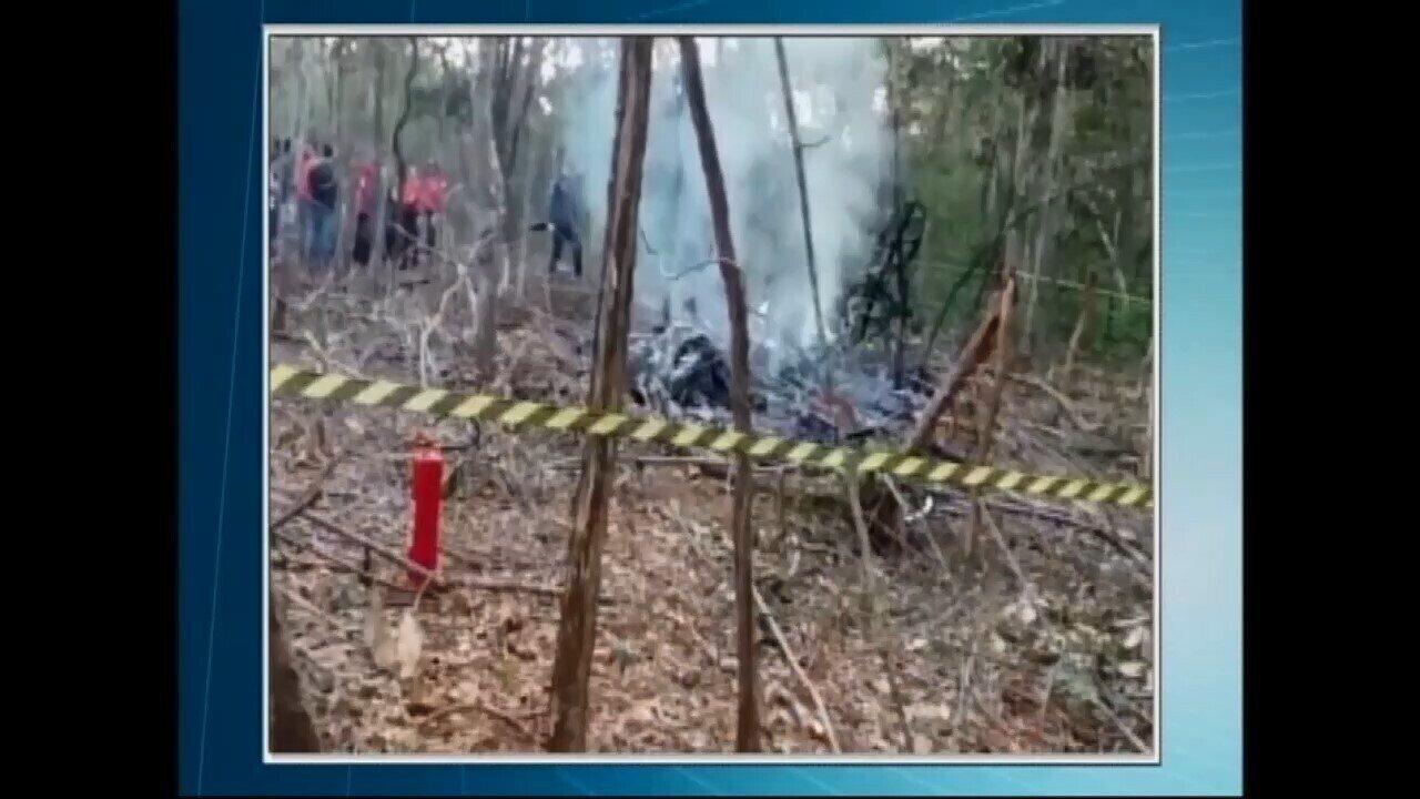 Aeronave cai e deixa mortos em Bom Despacho