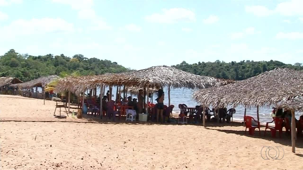 Pouco conhecida, praia do Pedral atrai banhistas da reigão norte do Tocantins