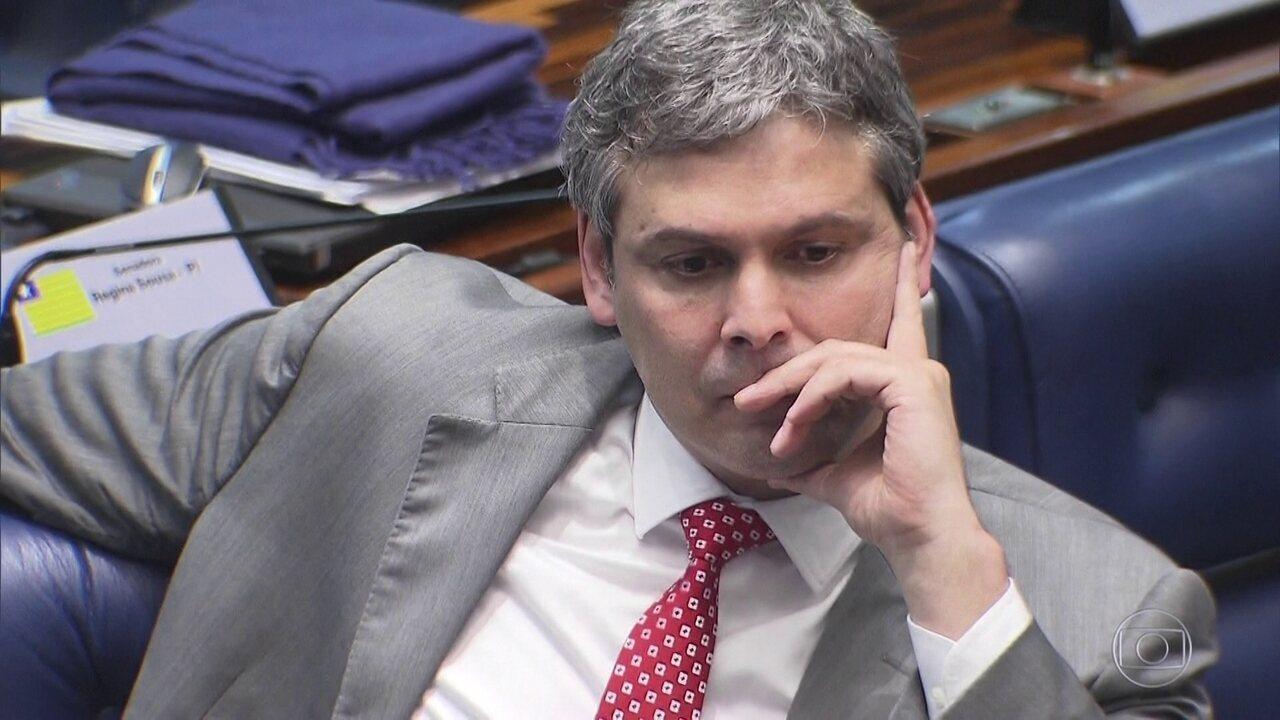 PGR diz haver indícios de que Lindbergh Farias recebeu dinheiro para favorecer a OAS