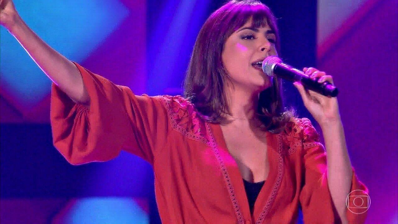 Mariá Pinkusfeld canta Moça Bonita
