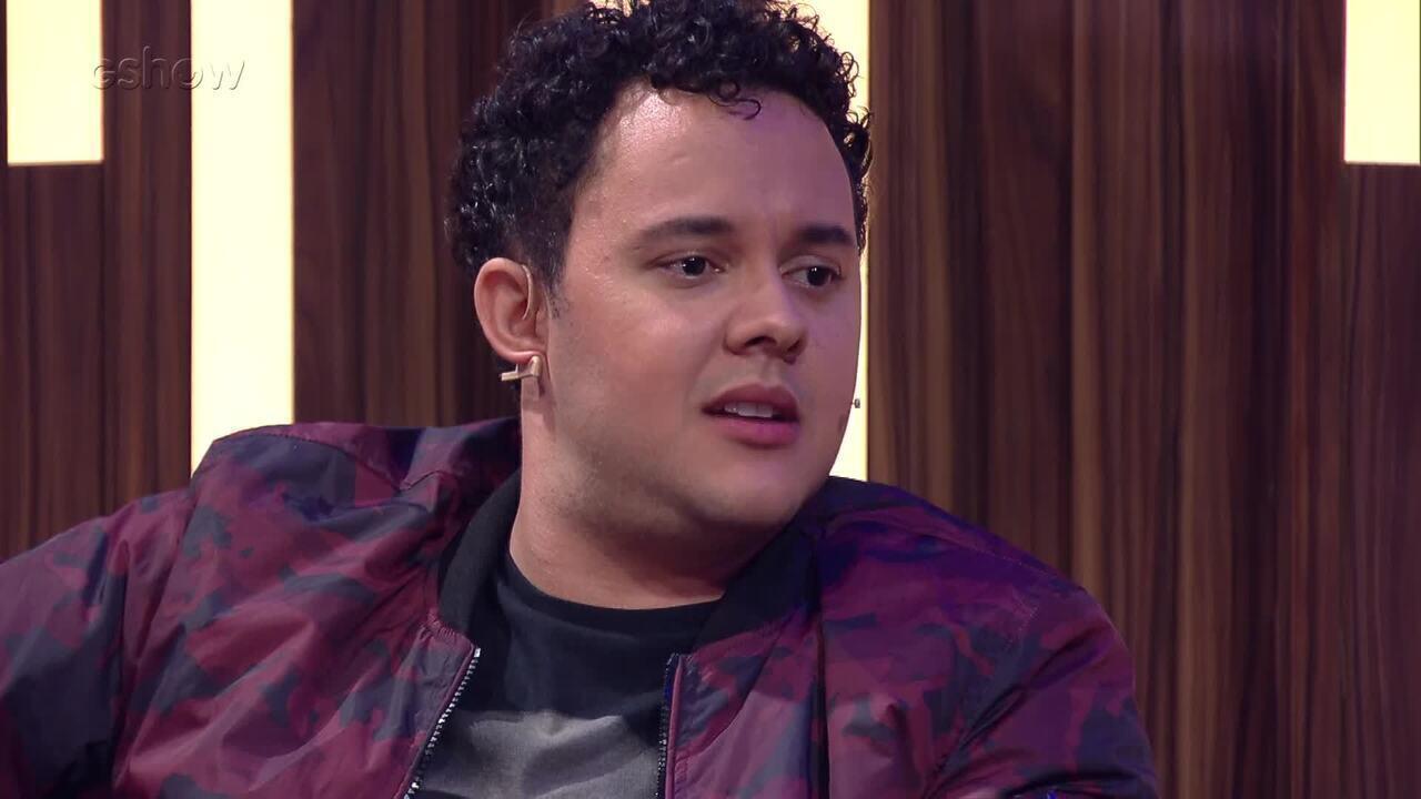 Gui Santana conta que sofreu resistência do pai ao seguir a carreira artística