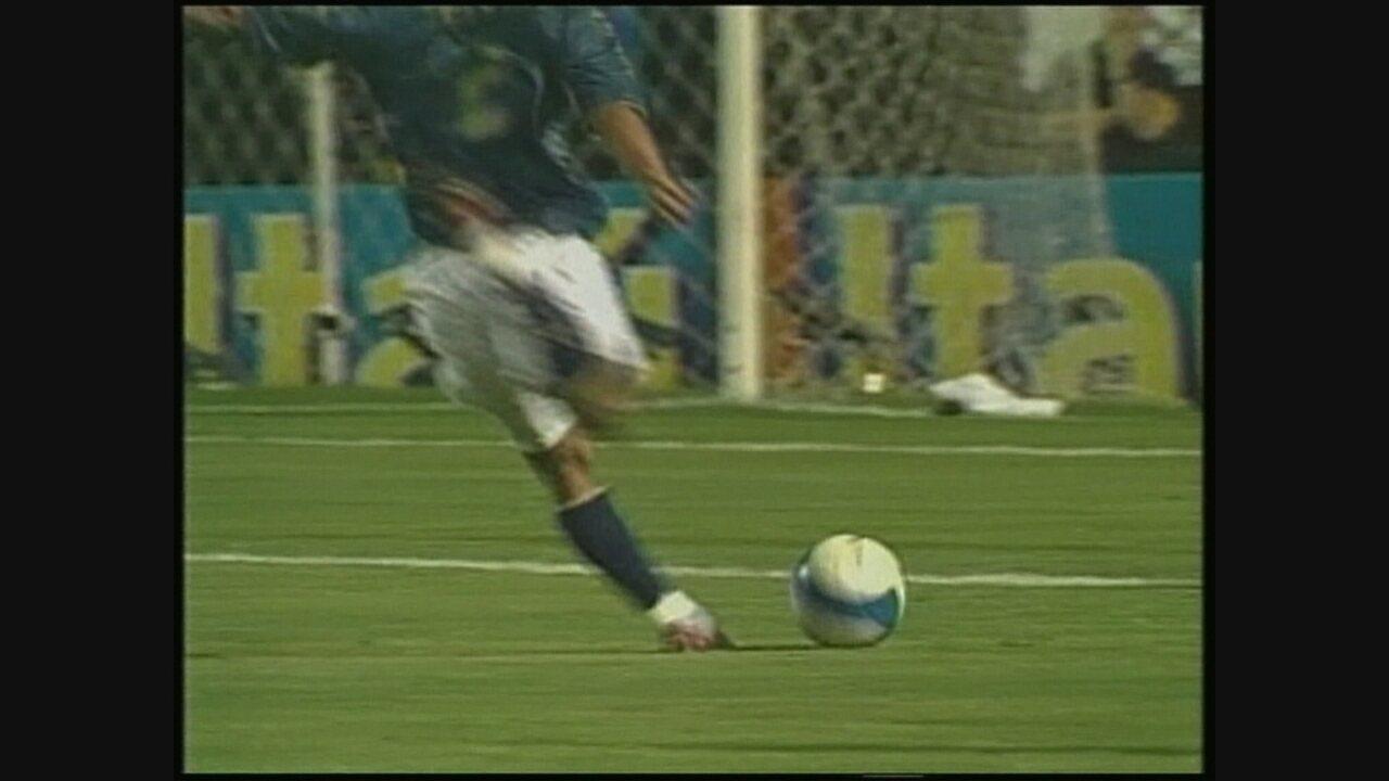 Você se lembra? Cruzeiro vence o Corinthians por 3 a 0, no Pacaembu, em 2007