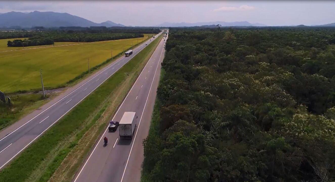 'BR-101': rodovia tem mais de quatro mil quilômetros no país