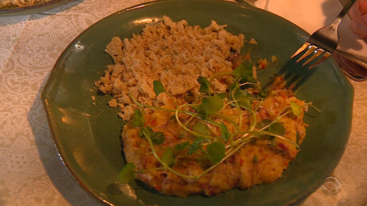 Shana Müller prepara receita de Bobó de Charque no quadro 'Cozinha de Galpão'