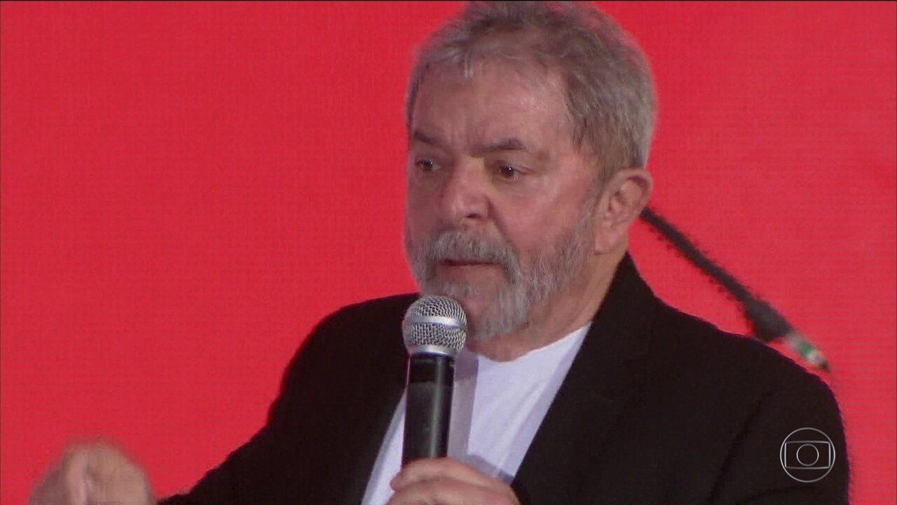Em despacho, Fux diz que Lula está inelegível