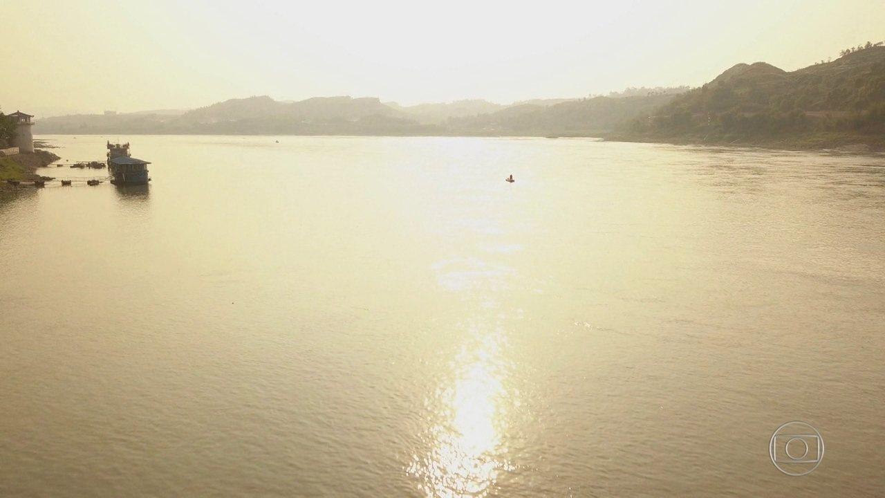 A Jornada da Vida percorre o rio Yangtsé, maior rio da Ásia e um dos mais importantes do mundo