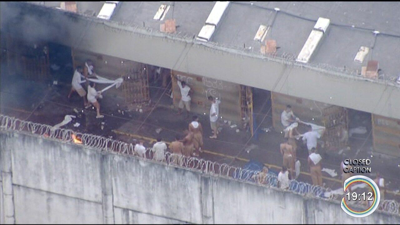 Detentos fazem rebelião no CDP de Taubaté